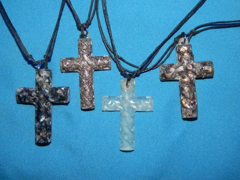Necklace-Cross-Resin-CodeSJ04